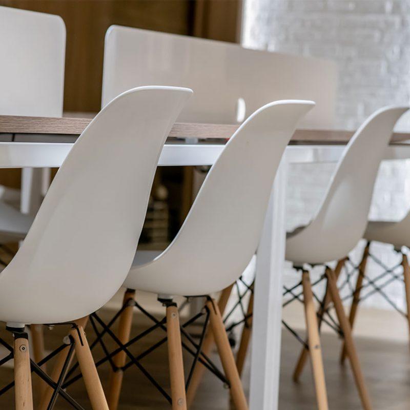 Duke-Language-School-Elementi-6 chairs